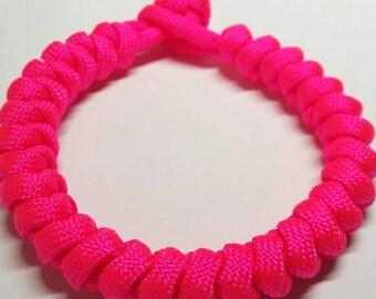"""Bright Pink Paracord Snake Knot Bracelet M (7"""")"""