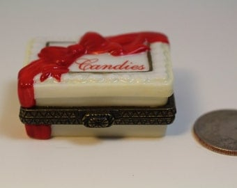 Box of Chocolate Candy Trinket Box,  Midwest of Ohio 1990s.  Two Pieces of Chocolate Inside. Hinged Porcelain Ceramic Ring Box, Valentine.