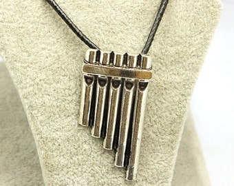 Peter Pan Flute Pipes Necklace Pendant Neverland Costume Cosplay