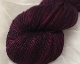 Handdyed lace yarn plum 3 ply light fingering