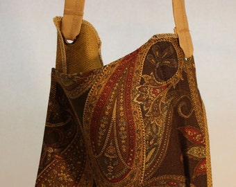 Large Fabric Bag in Paisley Print Item #B55