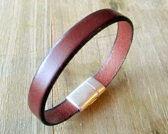 "Man ""Cognac"" Brown Leather Bracelet 10MM magnetic silver plated clasp"