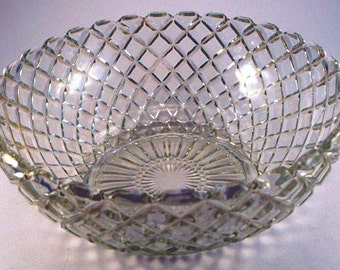 Diamond Pattern Molded Glass Large Serving Bowl