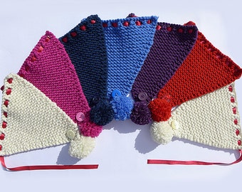 Knitted Bunting - 7 Pennant Woollen PomPom Bunting