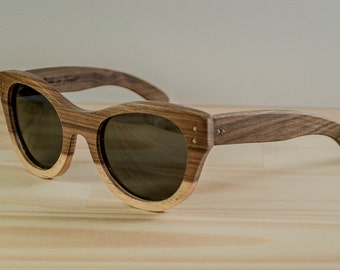 Wood sunglasses model Sydney twotone, Womens sunglasses, Polarized lenses, Pinup oversized sunglasses, Customizable