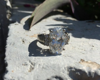 Size 9 Cubic Zirconia and Sterling Silver Ring