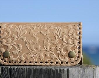Cover in leather for keys, handmade
