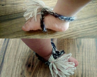 Crochet barefoot baby sandals with tassels