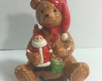 "Schmid Gordon Fraser no.374 ""Have yourself a merry little Christmas"" Music Box 1984 bear with toy santa"