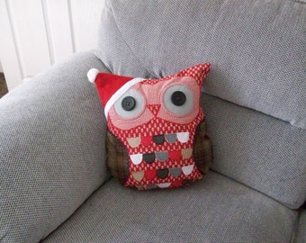 Holly Owl Cushion
