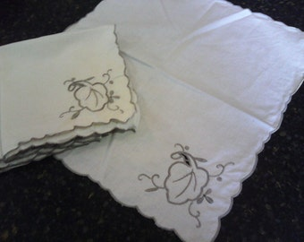 Free shipping on vintage embroidered napkins.