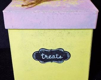 Vintage Treats Box