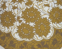 "MIDCENTURY VINTAGE 1960s TABLECLOTH..sunflowers..Swedish Mid Century Scandi Modern..64"" x 52""..163cm x 133cm..kitchen..gold tan white linen"