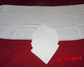 Beige Table Runner and Napkins