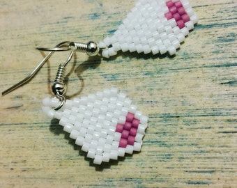 Pink lotus: delica beads and peyote stitch