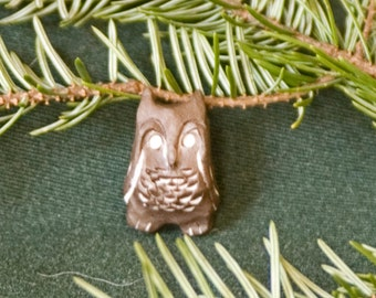 Jewelry pendant/Small owl/handmade/single piece at PotteryFeels