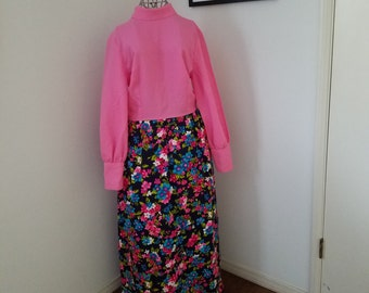 True 1960's Vintage - Unique Floral and Pink Long Sleeve Maxi Dress with Pearl Button's at the Cuffs - Perect Vintage Condition!