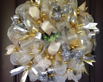 Silver and Gold wreath, wall decor, holiday gift, Christmas wreath, holiday wall hanging