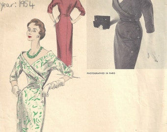 1954 Vintage VOGUE Sewing Pattern DRESS B34 (1649) By Schiaparelli Vogue 1256
