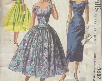 1956 Vintage Sewing Pattern B36 DRESS (R962) McCall's 3687