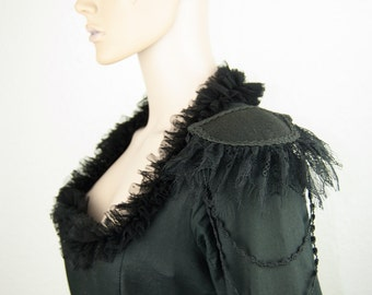 Princess lace epaulettes gothic steampunk