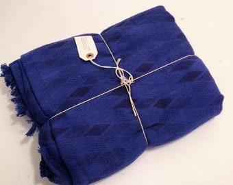 Vtg Moroccan Cotton Textile// Indigo Blue Minimalist Bedspread// sz M