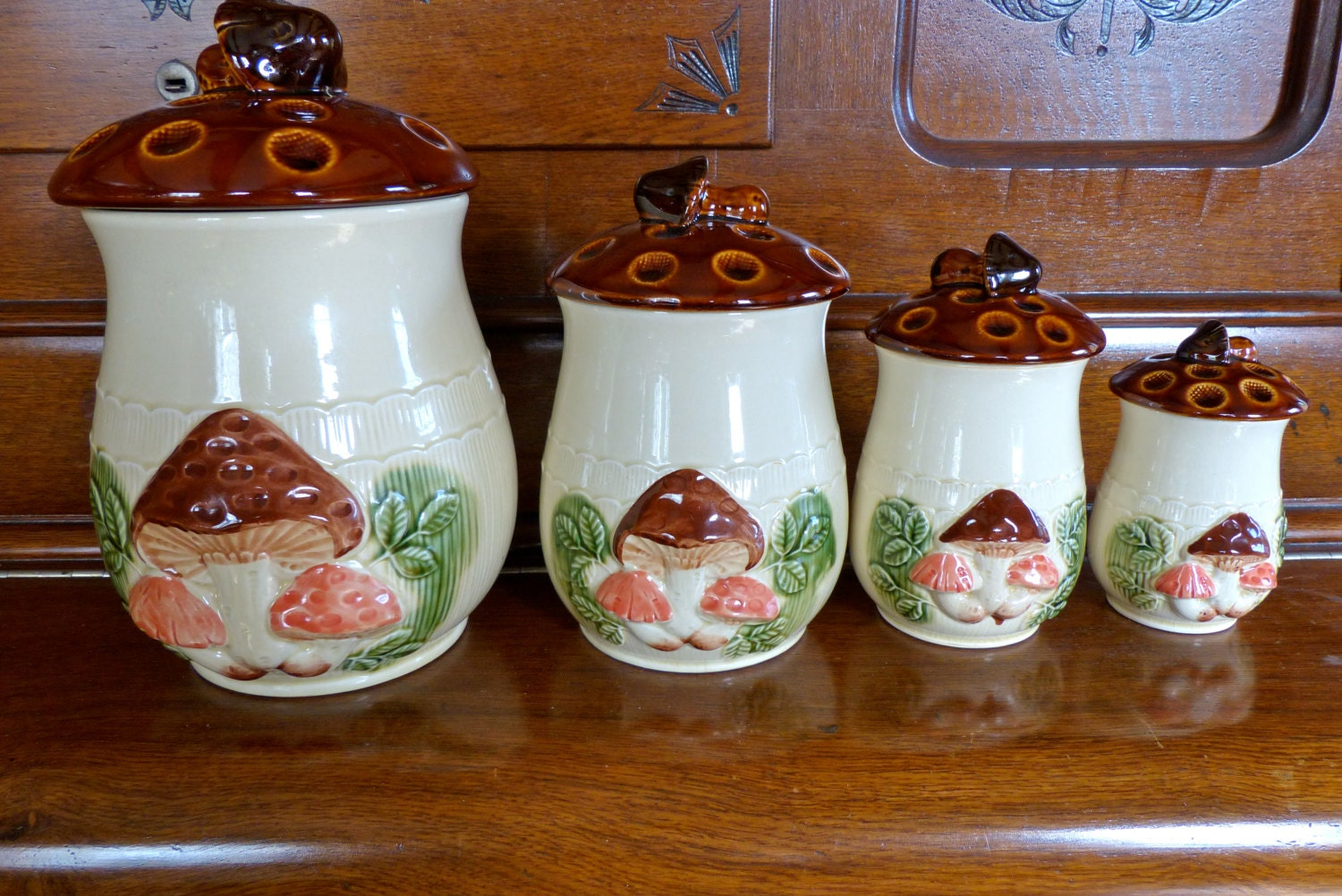 Vintage mushroom ceramic kitchen canister set cream base for Cream kitchen set