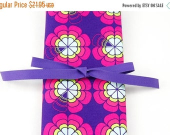 Sale 25% OFF Short Knitting Needle Organizer Case - Love Me Knot - 24 purple pockets for circular, double pointed, interchangeable or travel