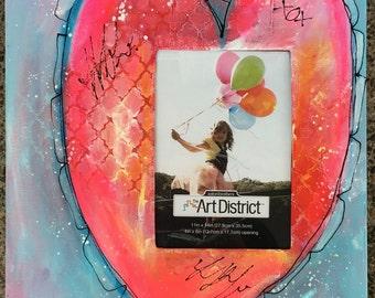 Scalloped Graffiti Heart Canvas Frame