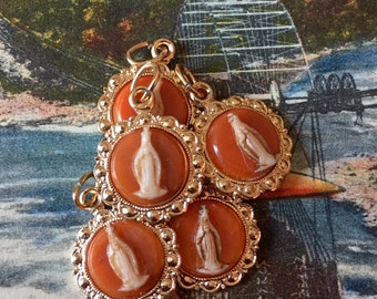 VIRGIN MARY MEDAL 1960s Vintage Cameo Germany