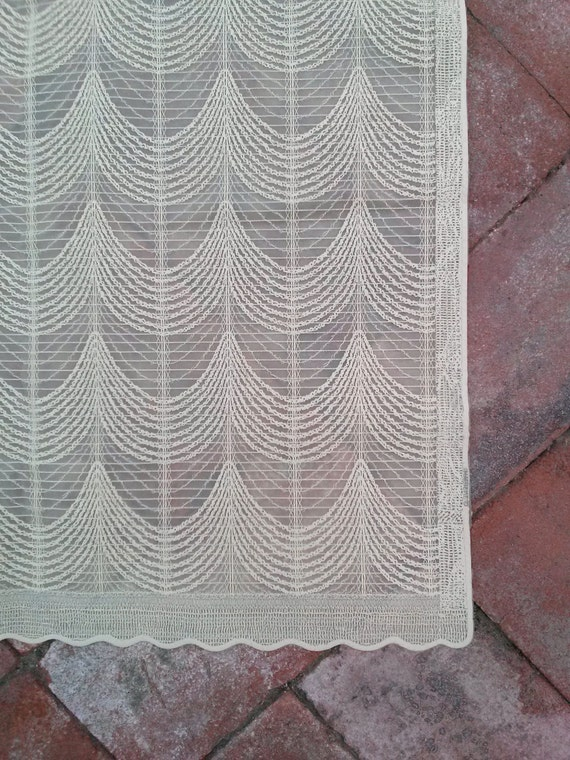 vintage 1960s shower curtain french vanilla off white embossed. Black Bedroom Furniture Sets. Home Design Ideas