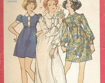 Butterick 5718 - Vintage 1970s EMPIRE WAIST Mod MINI Dress - Sewing Pattern - Size 10 - 32.5 Bust