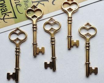 5 large gold Skeleton Key charms 60x21mm vintage style pendants / goldtone keys #109