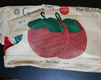 Vintage crochet apple potholder KIT unused