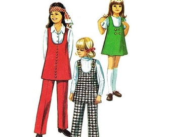 SALE 1970s Girls Jumper Tunic Pants Simplicity 8946 Vintage Sewing Pattern Size 10