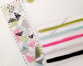 modern cross stitch KIT bookmark ++ geometric pattern ++ complete kit + fabric + needle + pattern + thread ++ diy hipster ++ handmade design