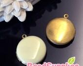 CH-EX-08146BC-  Nickel-free, Color epoxy,  Round locket (S), butter cream, 2 pcs
