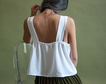 70s pleated tank crop top / slouchy tank / white tank top / s / m / 946t / B18
