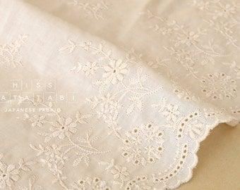Japanese Fabric border eyelet cotton - butter cream - 50cm