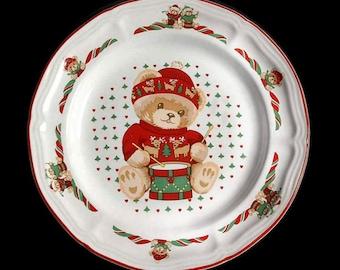 Tienshan Theodore Bear Christmas Salad Plate