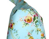 Blue Wrist Bag, Japanese Knot Bag Hand Clutch in baby blue rococo fabric, Wristlet, Lined Bag for Purse or Crafts