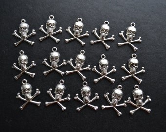 15 nautical pirate skull charms
