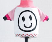 smiley face COURTNEYCOURTNEY cute xs extra small puppy upcycled jersey knit outfit top dots print pink white