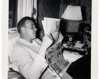 Vintage Snapshot 1950 Handsome YOung Man REads Newspaper snapshot photo