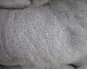 10.03 oz. Gray Corriedale Roving