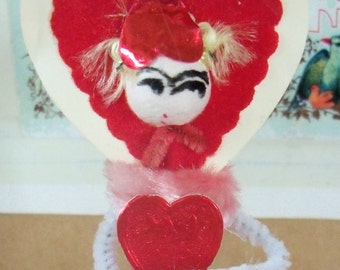 Vintage Style / Pipe Cleaner Valentine's Day Figure / Vintage Craft Supplies / Free-Standing Figure / Spun Cotton Head