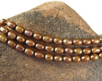 HOT SALE - Bronze Freshwater Pearls, Golden Brown Lustrous Rice Pearls, 7x5mm, 15.5 Inch Strand, Over 60 Natural Pearl Beads, Jewelry Suppli