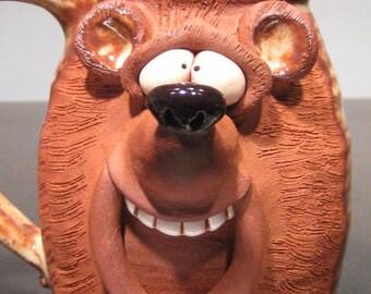 Happy  Bear Mug ............                          e806