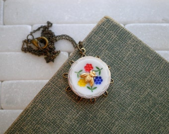 Little Bee & Flowers Vintage Button Pendant. Upcycled Glass Button Charm Necklace. Filigree Flower Garden + Miniature Insect Nature Jewelry
