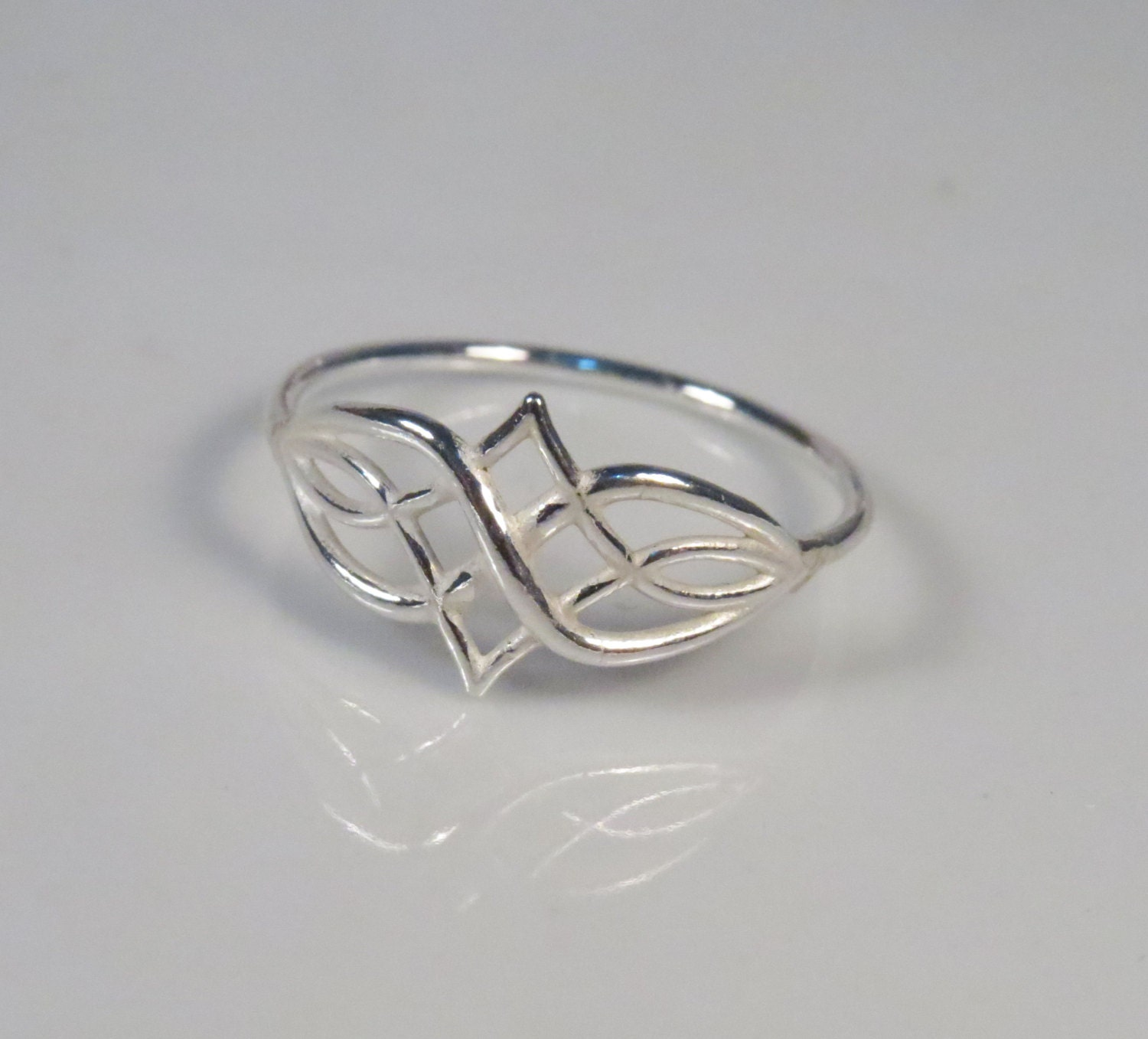 the gallery for gt infinity knot ring